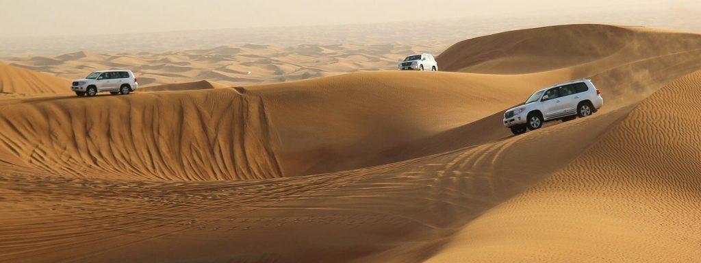 red sand desert dubai